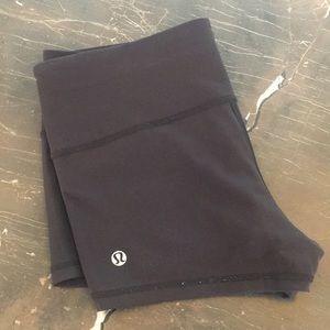 Lululemon 6 Boogie Shorts Black